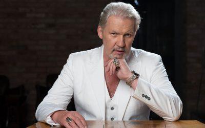 Johnny Logan optræder også i Danmark i 2021.